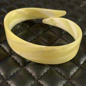 Vintage 1950s Lemon Marbled Lucite Cuff Bracelet